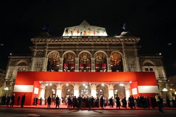 •  Współpraca nawiązana pomiędzy Akademią Wilanowską, Muzeum Pałacu Króla  Jana III w Wilanowie i Operą Wiedeńską